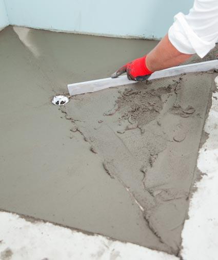 Réaliser un sol de douche à litalienne maçonné