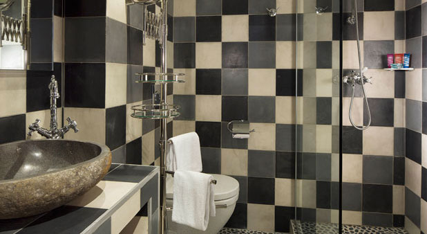 carreaux de ciment et salle de bains styles de bain. Black Bedroom Furniture Sets. Home Design Ideas