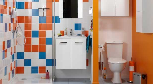 Cacher les toilettes derri re une cloison styles de bain for Derriere la salle de bain