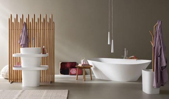 la salle de bains de style scandinave en bois et blanc