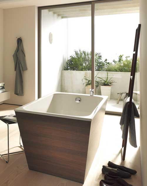 3 baignoires pour pratiquer le bain japonais styles de bain for Baignoire classique prix