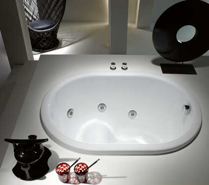 2 baignoires japonaises styles de bain. Black Bedroom Furniture Sets. Home Design Ideas