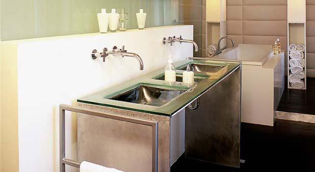 Encastrer un robinet en doublant le mur - Carreler une salle de bain ...