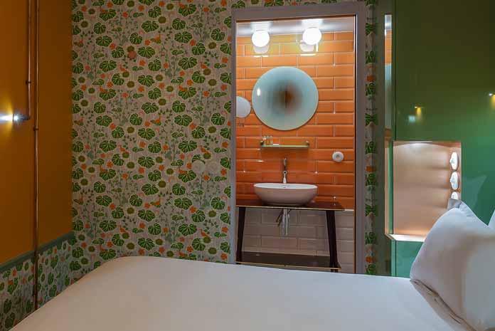 r ussir une salle de bains esprit brocante styles de bain. Black Bedroom Furniture Sets. Home Design Ideas