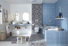 Rompre la monotonie du carrelage dans la salle de bain