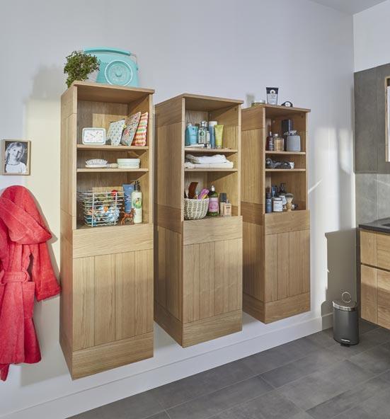 salle de bain familiale tout confort meubles complémentaires