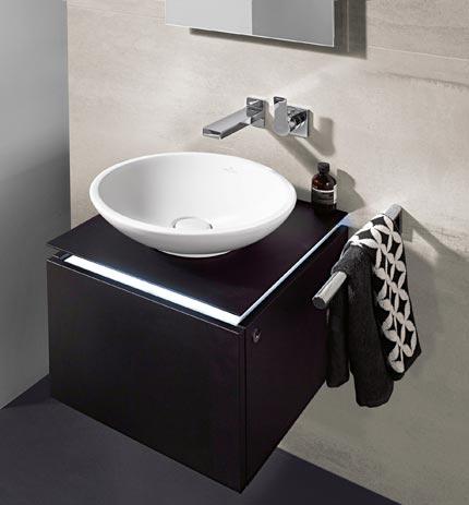 Mini meubles pour mini salle de bains for Mini lavabo salle de bain
