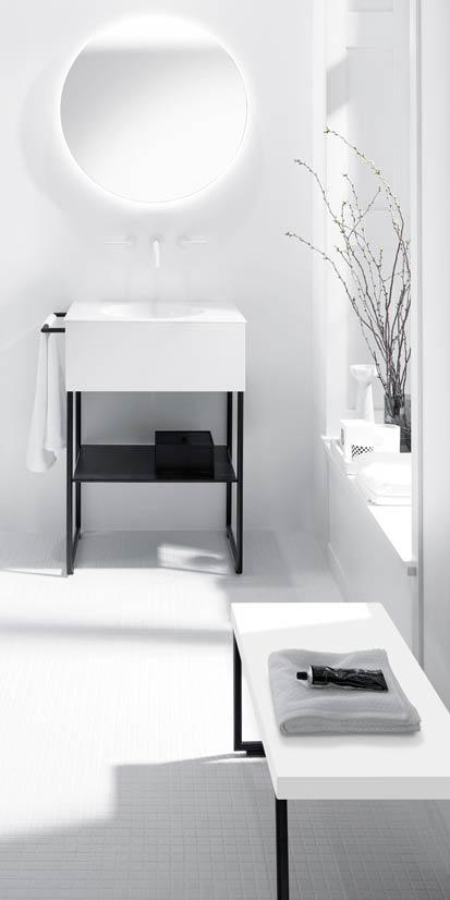 Meuble de salle de bains blanc avec banc assorti