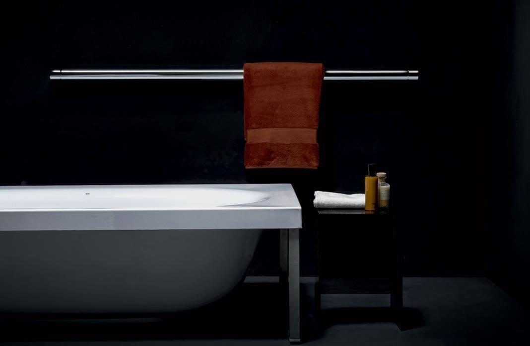 4 radiateurs pour changer des s che serviettes dans la salle de bains. Black Bedroom Furniture Sets. Home Design Ideas