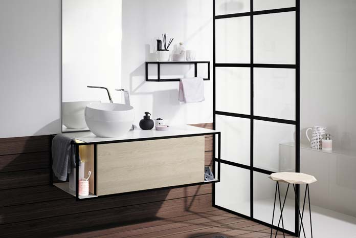 4 cloisons de douche fa on verri re styles de bain. Black Bedroom Furniture Sets. Home Design Ideas