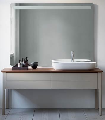 Le meuble de salle de bains Luv de Duravit évoque une table