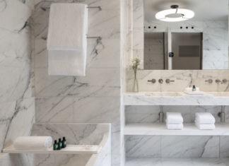 Les salles de bains de l'hôtel Lutetia