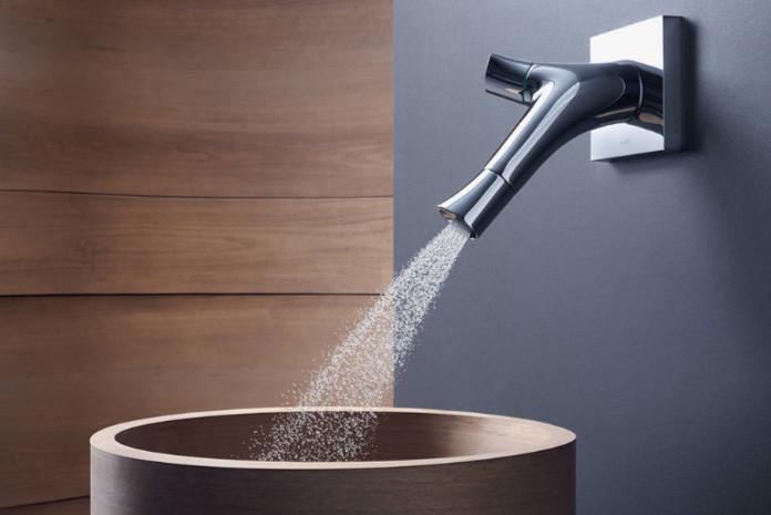 vasque avec jet d eau Robinet à jet pluie : Axor Starck Organic en version murale