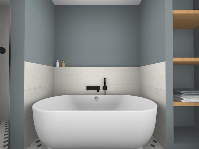 Une salle de bain moderne : la baignoire semi-îlot