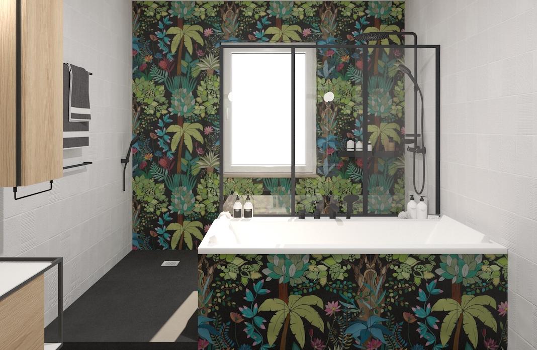 Salle de bains avec un carrelage mural motif jungle et un sol noir