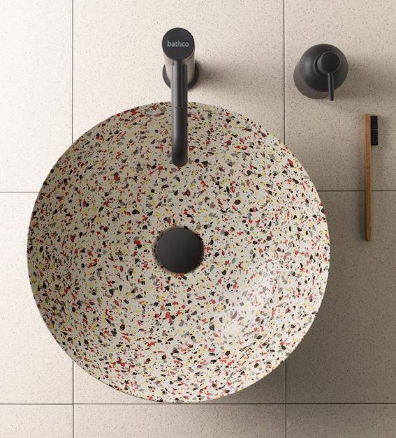 vasque ronde en céramique avec décor terrazzo