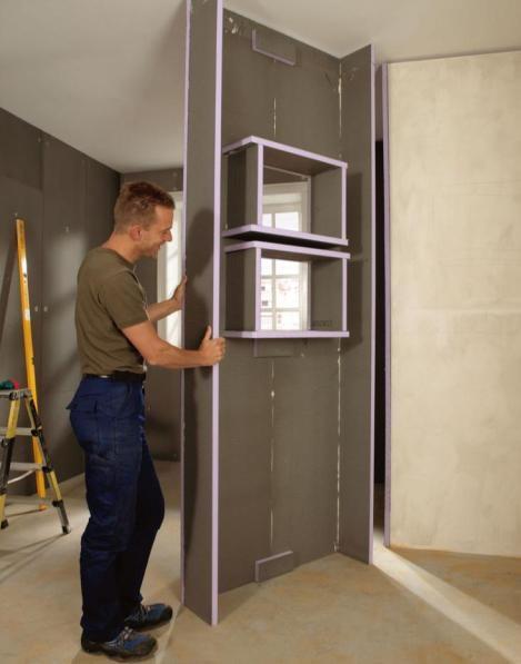 construction d'une douche avec un panneau Jackoboard avec des niches