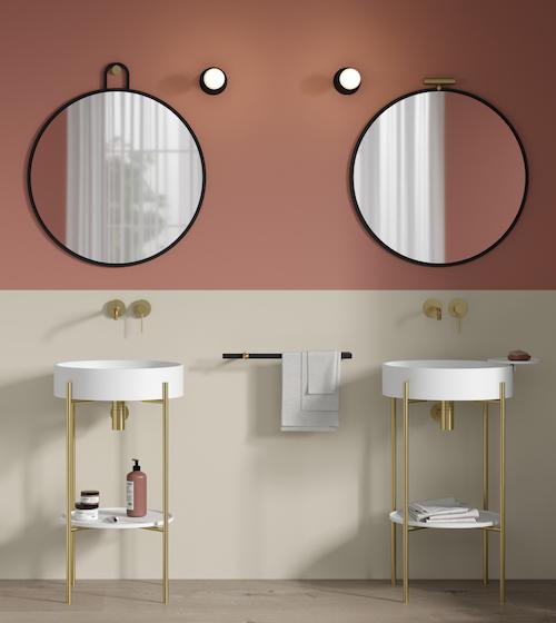 deux vasques sur consoles métalliques dorées