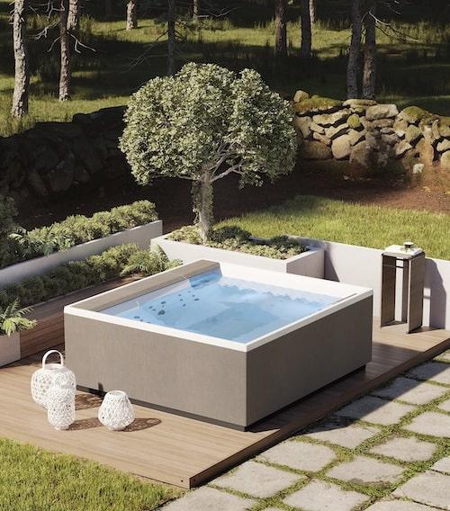 spa dans un jardin
